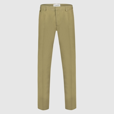 Wide-fit logo patch chino